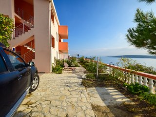 TH00596 Apartments Komadina / Two bedroom A2 - Vlasici vacation rentals