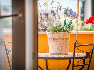 TH01813 Apartments Vesanović / One bedroom A5 - Okrug Gornji vacation rentals