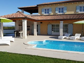Perfect Villa with Internet Access and A/C - Pula vacation rentals