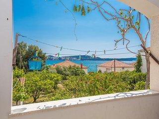 TH01837 Apartments Villa Ivanka / One bedroom A1 - Seget Donji vacation rentals