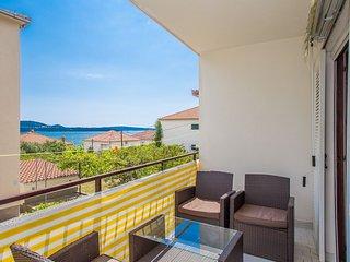 TH01837 Apartments Villa Ivanka / One bedroom A2 - Seget Donji vacation rentals