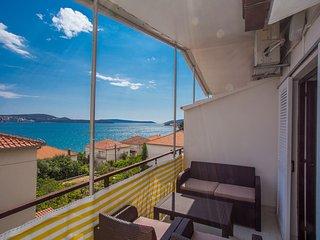 TH01837 Apartments Villa Ivanka / One bedroom A6 - Seget Donji vacation rentals