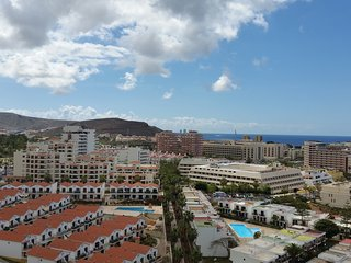 Sky View 1BD Apartment in Center of Las Americas - Playa de las Americas vacation rentals