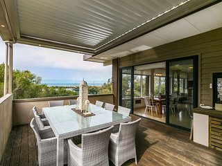 Perfect 5 bedroom House in Anglesea with Balcony - Anglesea vacation rentals