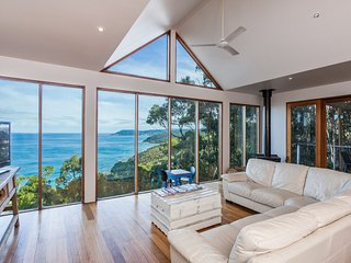 Nice House with Television and DVD Player - Lorne vacation rentals