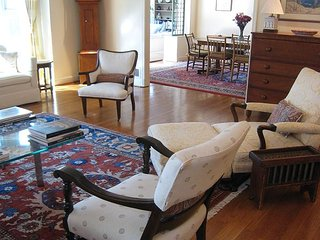 Beautiful 4BR 5BA Palisades Home; quiet street near park, Safeway, shops - Rosslyn vacation rentals