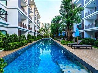 1 bedroom apartment on Rawai Beach, pool, gym & sauna - Rawai vacation rentals