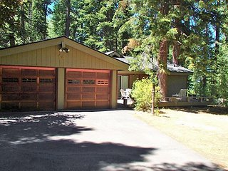 Serene and Peaceful Home Close to Creek and Steps From the Lake 4bd/2ba - Homewood vacation rentals