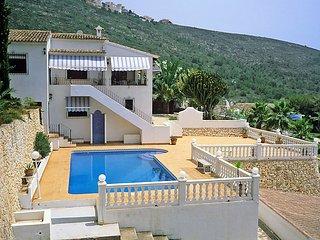 5 bedroom Villa in Moraira, Costa Blanca, Spain : ref 2097215 - Benitachell vacation rentals