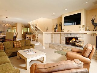 Beautiful 4 bedroom Snowmass Village House with Hot Tub - Snowmass Village vacation rentals