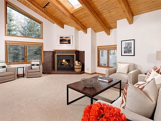3 bedroom House with Hot Tub in Snowmass Village - Snowmass Village vacation rentals