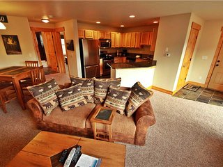 1 bedroom Apartment with Internet Access in Fraser - Fraser vacation rentals