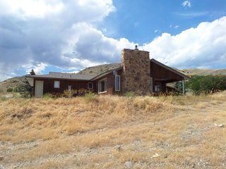 Beautiful Wapiti House rental with DVD Player - Wapiti vacation rentals