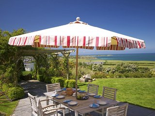 Beautiful Cottage with Internet Access and Fireplace - Nefyn vacation rentals