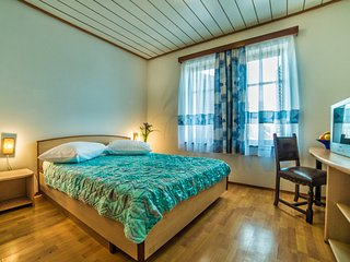 TH00693 Apartments Sofić / Double room S5 - Pula vacation rentals