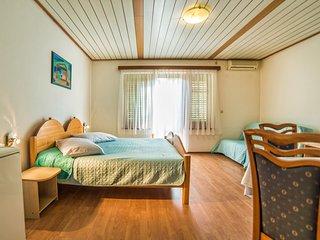 TH00693 Apartments Sofić / Studio A6 - Pula vacation rentals