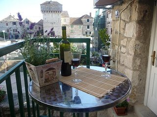 TH01659 Apartments More / One bedroom A1 - Kastel Gomilica vacation rentals