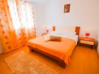 TH01930 Apartments Ivanka / Two Bedrooms A2 - Marina vacation rentals