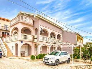 TH04230 Apartments Mirela / Three bedroom A2 - Crikvenica vacation rentals