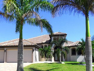 The Beautiful Cape Coral Vacation Villa Valparaiso - Cape Coral vacation rentals