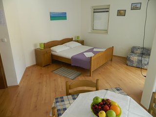 TH03485 Apartments  Zorka / 3 Studio - Lokva Rogoznica vacation rentals