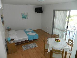TH03485 Apartments  Zorka / 4 One bedroom - Lokva Rogoznica vacation rentals