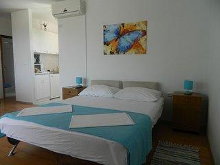 TH03485 Apartments  Zorka / 2 One bedroom - Lokva Rogoznica vacation rentals
