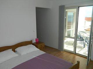 TH03485 Apartments  Zorka / 6 One bedroom - Lokva Rogoznica vacation rentals