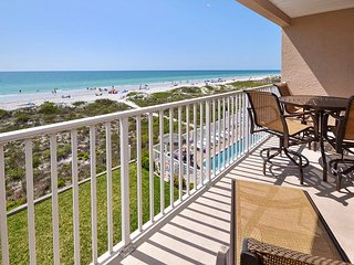 Oceanside 302 Deluxe Gulf Front - Pool, Spa, BBQ , WIFI, 3 Flat Screen TV's - Indian Rocks Beach vacation rentals