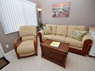 Tropic Breezes #12- 2nd Floor Gulf View Condo with Pool, BBQ and Free WiFi! - Madeira Beach vacation rentals