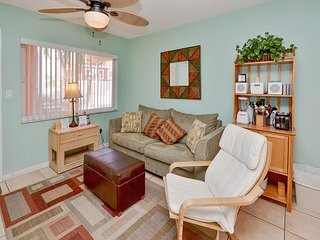 Tropic Breezes #9- Beautifully Decorated Ground Floor Condo with Pool w/ WIFI - Madeira Beach vacation rentals