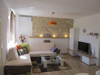 TH01040 Holiday House Pietra - Vodnjan vacation rentals