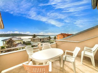 TH03105 Apartment Lorena / One bedroom A1 - Barbat vacation rentals