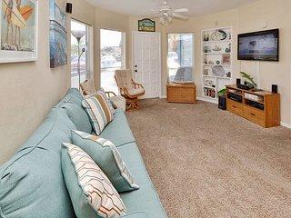 Sea Rocket #29 - Ground Floor, Largest Floorplan One Bedroom Bath and a Half! - North Redington Beach vacation rentals