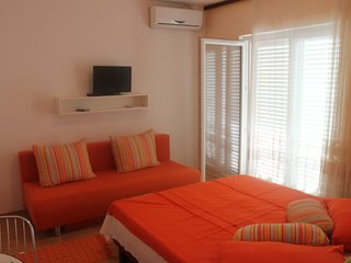 TH01285 Rooms Dora / Double Room S5 - Rovanjska vacation rentals