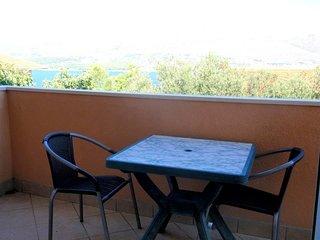 Th01704 Apartments Dragica / Studio S3 - Okrug Donji vacation rentals