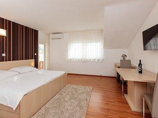 TH03501 Studios Milka / Studio A3 - Podstrana vacation rentals