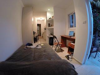 Fantastic Studio near IDC and Bet Protea - Herzlia vacation rentals