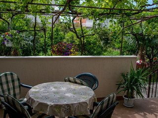 TH01720 Apartments Dujo / One Bedroom A2 - Kastel Luksic vacation rentals