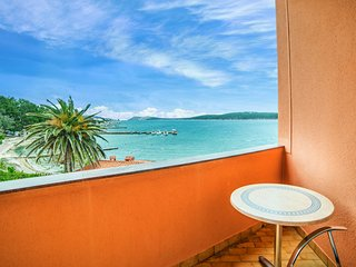 TH03119 Apartments Lučica / Double Room S4 - Banjol vacation rentals