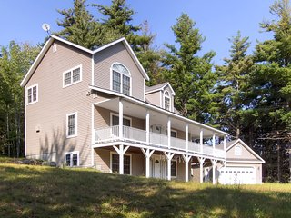 Lovely 3 bedroom Pittsfield House with Deck - Pittsfield vacation rentals