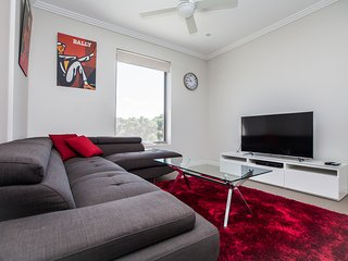 Nice Condo with Elevator Access and Television - Adelaide vacation rentals