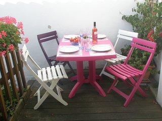 (T) à 30 mètres de LA GRANDE PLAGE, sans voiture - Les Sables-d'Olonne vacation rentals