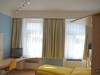 GowithOh - 20623 - Comfortable studio in Meidling - Vienna - Vienna vacation rentals