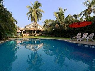 Goa Baga 4bhk Private Pool Villa 100m from beach - Baga vacation rentals