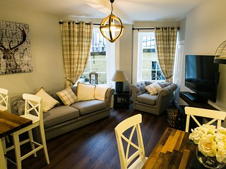 West End Apartment in Edinburgh City Centre - Edinburgh vacation rentals