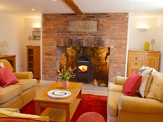 The Old Cottage, Porchfield, Isle of Wight - Porchfield vacation rentals