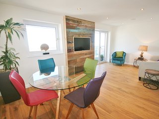 Pocketts Wharf - Penthouse Apartment (Sleeps 6) - Swansea vacation rentals