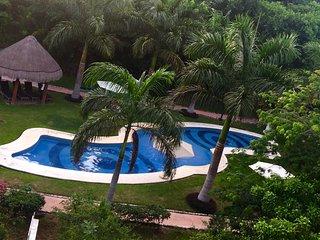 POOL & BEACH RIVIERA MAYA - Puerto Morelos vacation rentals