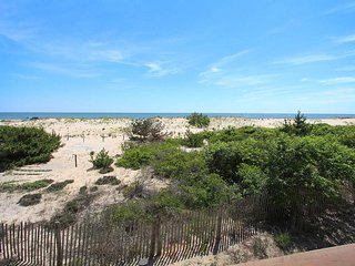 Charming 4 bedroom House in Fenwick Island with Waterfront - Fenwick Island vacation rentals